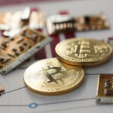 SEC Seizes Assets from Alleged Altcoin Pyramid Scheme